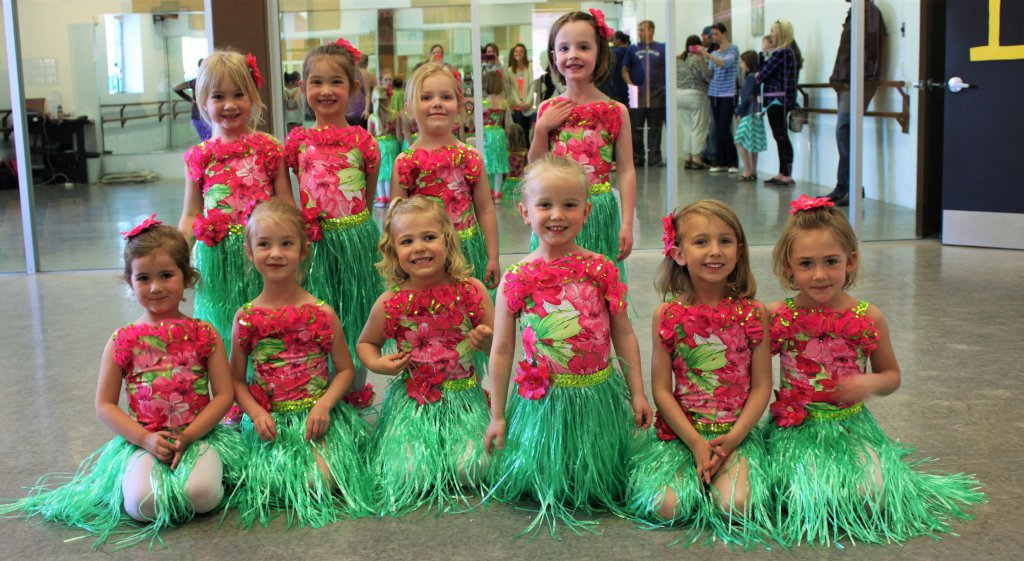 Hula Cuties
